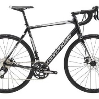 rower szosowy marki Cannondale model Synapse Alloy 105