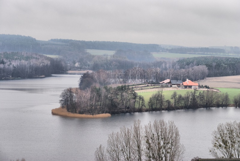 Jezioro Chrzypskie. Źródło grafiki: http://www.chrzypsko.pl/pl/galeria/gmina-chrzypsko-wielkie-z-lotu-ptaka.html.